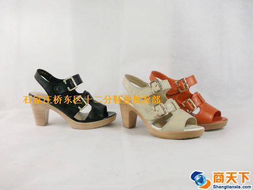 女凉鞋 908