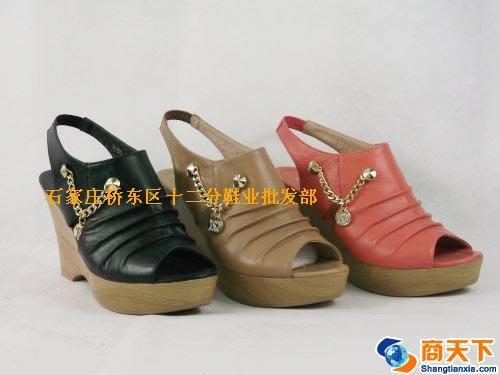 女凉鞋 3533黑,驼,红